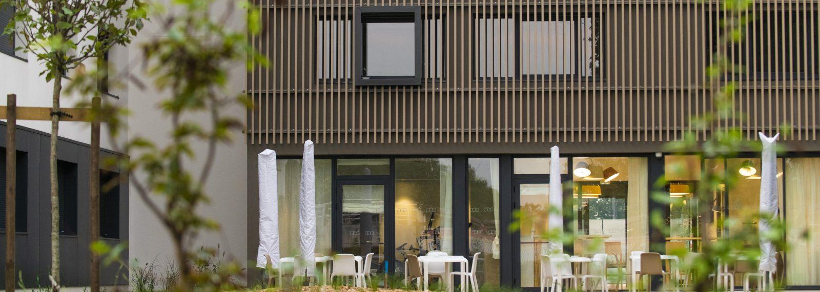 appart hotel bordeaux enight r sidence h teli re. Black Bedroom Furniture Sets. Home Design Ideas